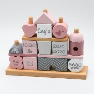 Holz Stapel- und Steckspiel Haus rosa   Label-Label   Personalisiert